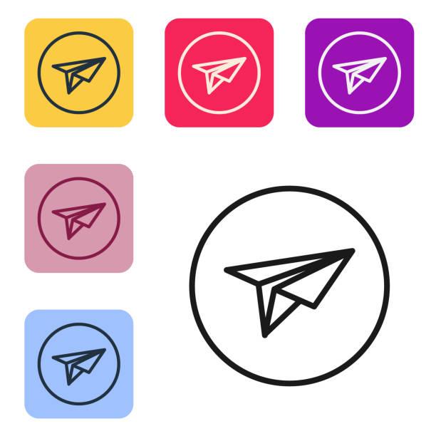 schwarze linie papierebene symbol isoliert auf weißem hintergrund. papier-flugzeug-symbol. messenger-konzept. legen sie symbole in farbigen quadratischen schaltflächen fest. vektor-illustration - gliedmaßen körperteile stock-grafiken, -clipart, -cartoons und -symbole