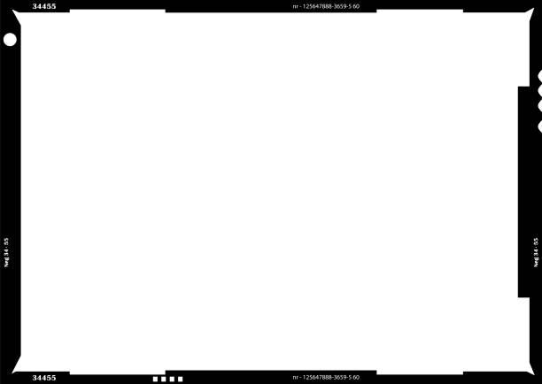 ilustrações, clipart, desenhos animados e ícones de filme vazio em branco grande formato negativo ou quadro de imagem, fotos livre espaço, isolado no branco - imagem