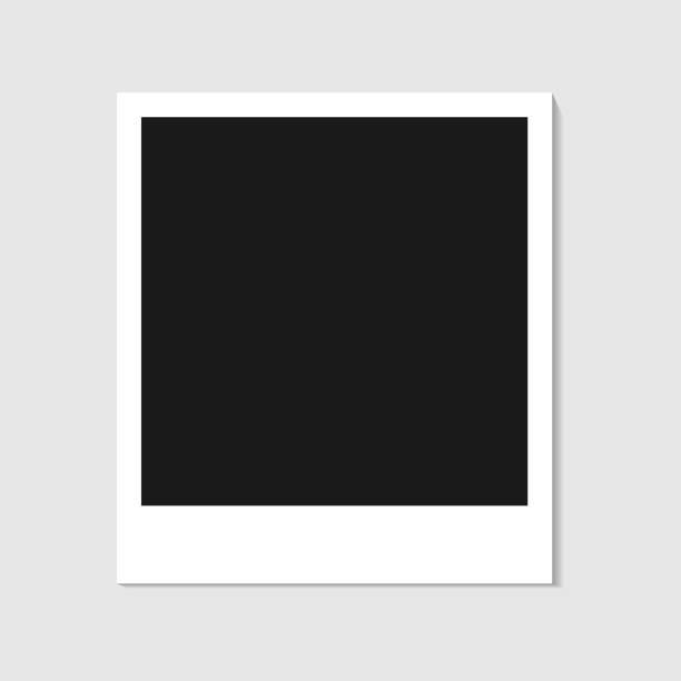 stockillustraties, clipart, cartoons en iconen met lege polaroid fotolijstjes geïsoleerd op een witte achtergrond, schaduweffect en lege ruimte voor uw fotografie en film. scrapbook album decoratie sjabloon. eps vectorillustratie - polaroid
