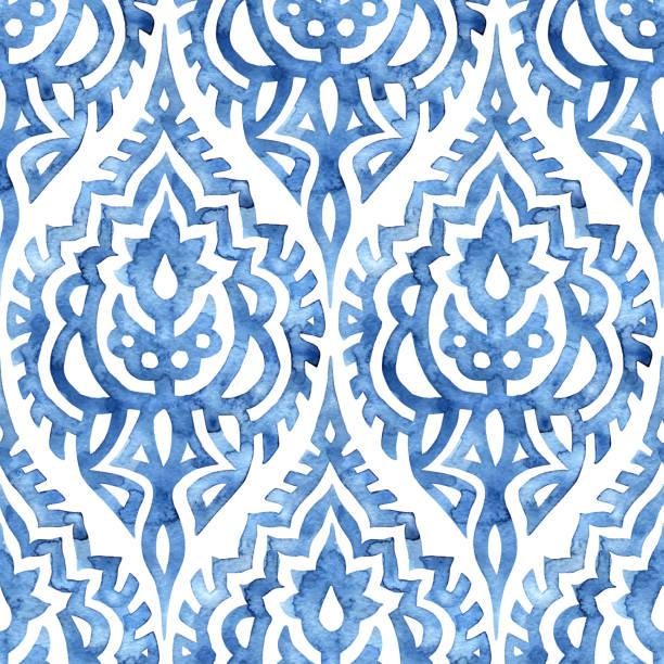 stockillustraties, clipart, cartoons en iconen met blauw en wit naadloos aquarelpatroon. - oost