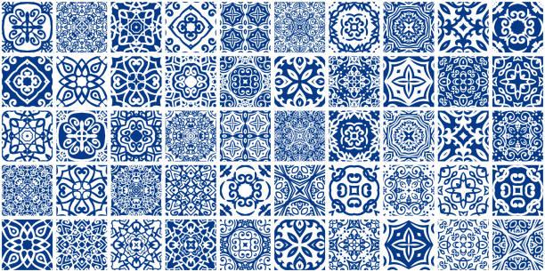 pakiet niebieskich płytek - kultura portugalska stock illustrations