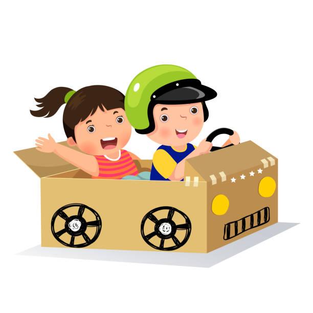 ilustrações, clipart, desenhos animados e ícones de garoto e garota dirigindo com o carro de papelão - irmã