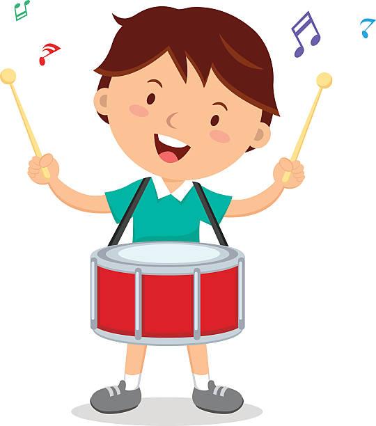 Смотреть, мальчик с барабаном картинка