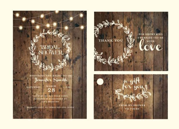 stockillustraties, clipart, cartoons en iconen met bruids douche ontwerpsjabloon instellen met de hand getekende krans en houten achtergrond met string lights - snoerverlichting