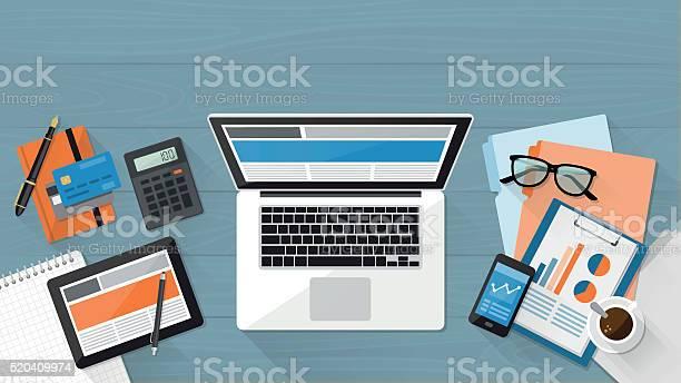 Business Desktop Stok Vektör Sanatı & Akıllı Telefon'nin Daha Fazla Görseli