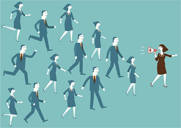 illustrations, cliparts, dessins animés et icônes de chef de l'équipe d'affaires avec porte-voix - modèles de bande dessinée