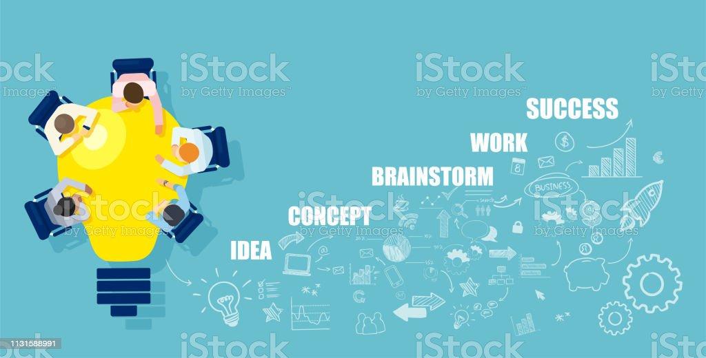 Businesspeople que brainstorming a idéia bem sucedida da partida que senta-se na tabela em uma forma da ampola brilhante - Vetor de Abstrato royalty-free