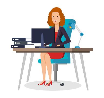 Affärskvinna Som Sitter På Kontoret-vektorgrafik och fler bilder på Affärskvinna
