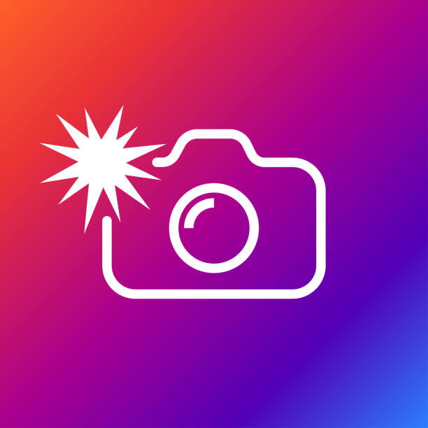 illustrations, cliparts, dessins animés et icônes de icône de caméra flash arrondi. style d'illustration vectorielle est couleur blanc plat emblématique symbole sur l'arrière-plan de couleur - éclairage au flash