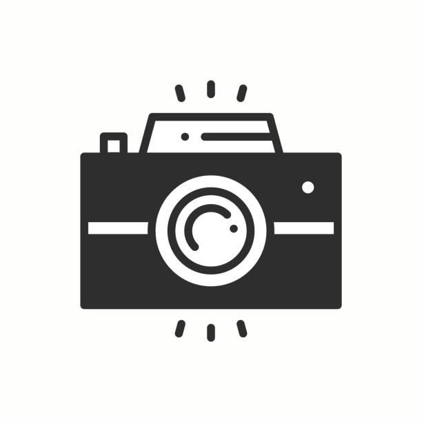 ilustraciones, imágenes clip art, dibujos animados e iconos de stock de icono del contorno de la línea de cámara. cámara de fotos, foto gadget, foto instantánea. muestra de fotografía instantánea. diseño lineal simple vector. ilustración. símbolos de planos. elemento delgado - zoom call