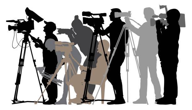stockillustraties, clipart, cartoons en iconen met cameraman silhouet journalisten - journalist