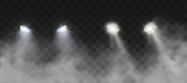 stockillustraties, clipart, cartoons en iconen met auto koplampen schijnt op de weg in mist 's nachts - mist donker auto