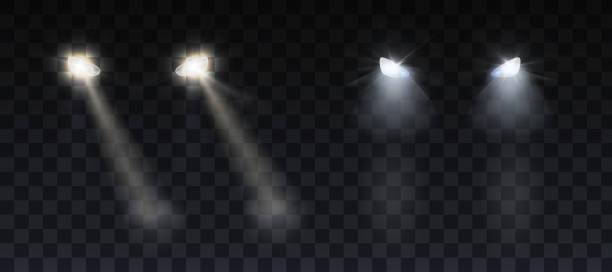 stockillustraties, clipart, cartoons en iconen met auto koplampen schijnt op de weg in de nacht - mist donker auto