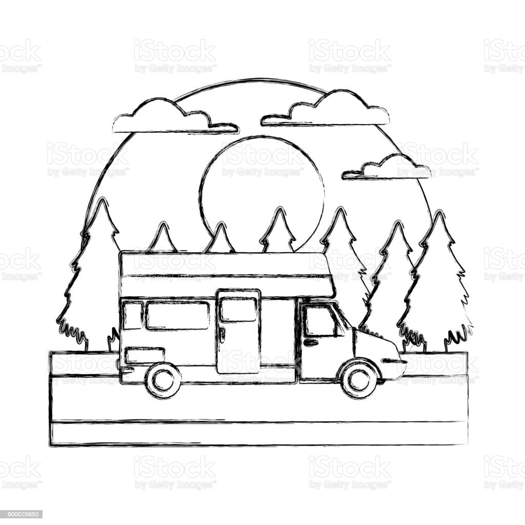 Wohnwagenautofahrzeug Im Wald Stock Vektor Art und mehr Bilder von ...