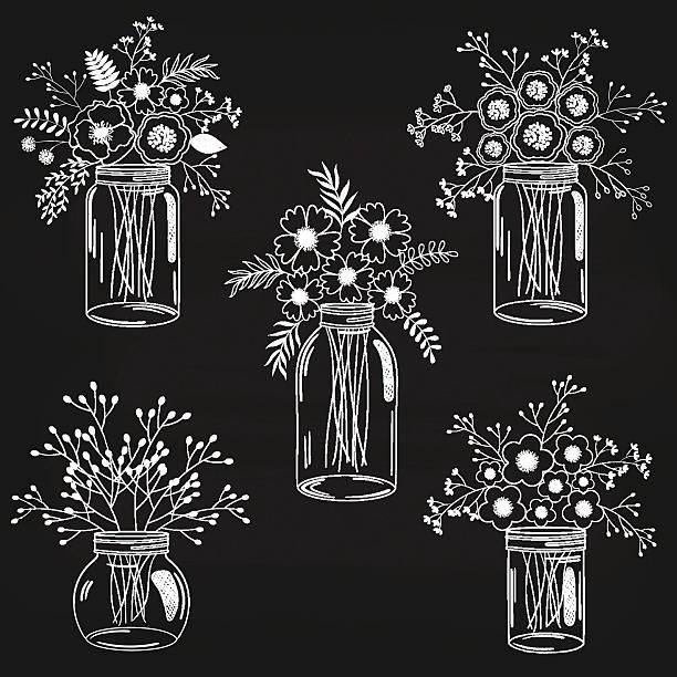 tafel blumen in gläser - glasblumen stock-grafiken, -clipart, -cartoons und -symbole