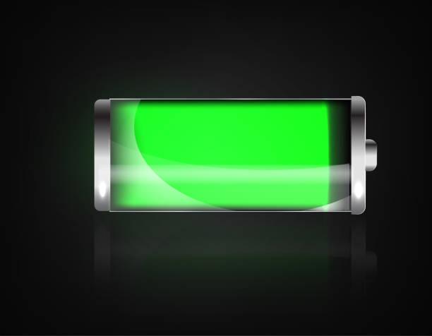 Geladenen Akku. Akku voll laden. Batterie Ladegerät-Statusanzeige. Glas realistisch macht grüne Batterie Darstellung auf schwarzem Hintergrund. Volle Ladung Tiefentladung. Ladezustand. Vektor – Vektorgrafik