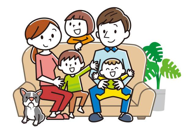 陽気な家族家でソファーに座ってください。 - 主婦 日本人点のイラスト素材/クリップアート素材/マンガ素材/アイコン素材