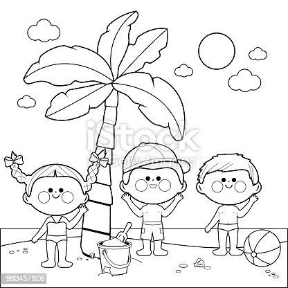 istock Niños en la playa bajo una palmera. Blanco y negro para ...