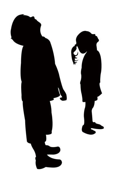 stockillustraties, clipart, cartoons en iconen met kinderen opzoeken, silhouet vector - alleen één meisje