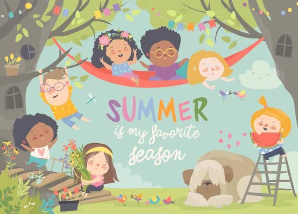 bildbanksillustrationer, clip art samt tecknat material och ikoner med barn leker och har roligt i treehouse - hund skog