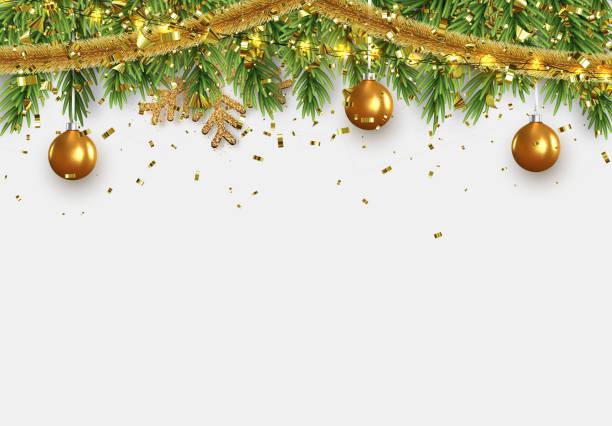 weihnachtsgrenze mit tannenzweigen, lichterketten girlande und gold-tinsel, goldene kugeln. - christmas decoration stock-grafiken, -clipart, -cartoons und -symbole
