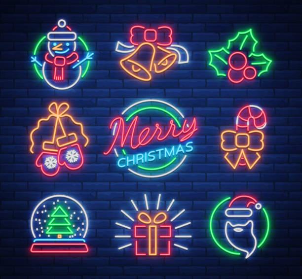 크리스마스 네온 표지판. 겨울 방학에 벡터 그림입니다. 새 해와 크리스마스 프로젝트 인사말 카드, 포스터, 배너, 전단지에 대 한 네온 발광 기호. 네온 간판, 활기찬 광고 - 형광색의 stock illustrations