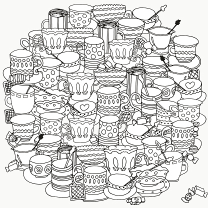 Circle pattern with cups and mugs.