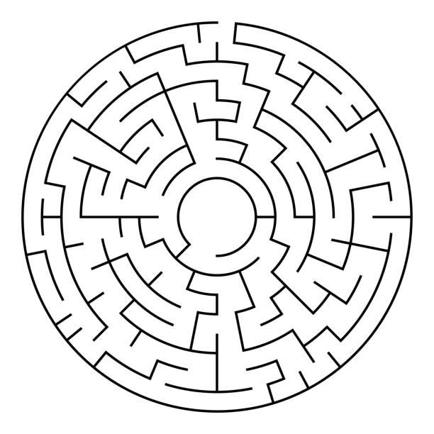 kreisförmige labyrinth schwarz, isoliert auf weißem hintergrund - labyrinthgarten stock-grafiken, -clipart, -cartoons und -symbole