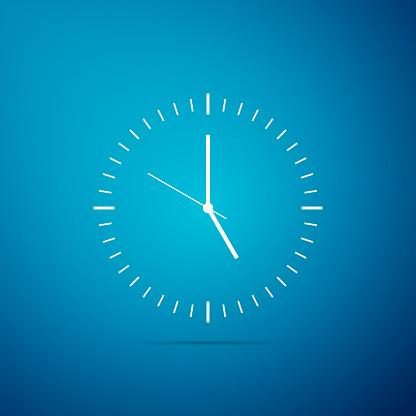 Icône De Lhorloge Isolé Sur Fond Bleu Icône De Temps Design Plat Illustration Vectorielle Vecteurs libres de droits et plus d'images vectorielles de Affaires