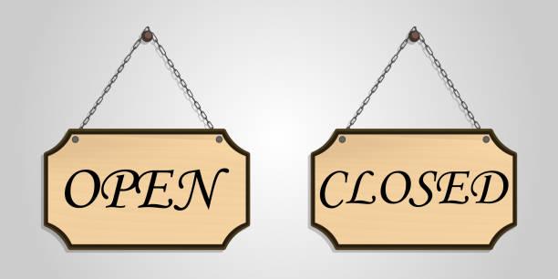 illustrazioni stock, clip art, cartoni animati e icone di tendenza di closed open board wood hang vector - cartello chiuso