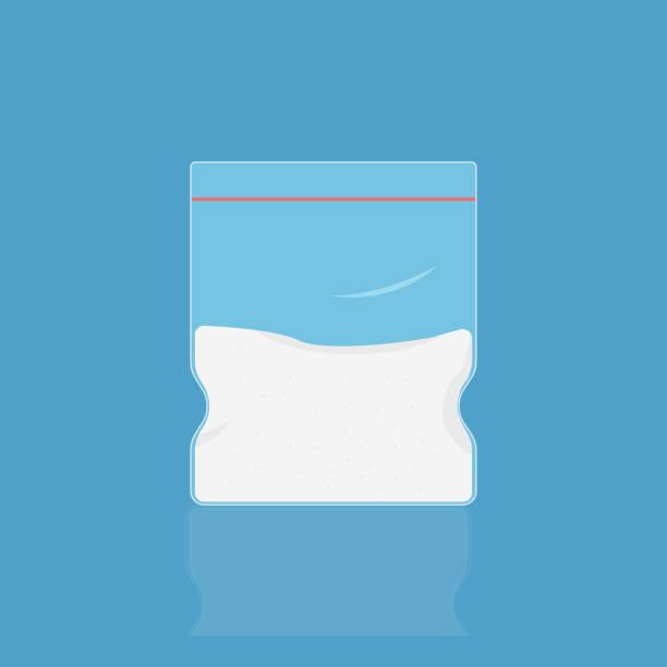 kokain in plastiktüte. weiße droge dope. verkaufen sie meth in paket illegal. - methamphetamin stock-grafiken, -clipart, -cartoons und -symbole