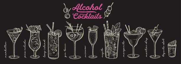 коктейль иллюстрация, вектор ручной обращается алкогольные напитки - напиток stock illustrations