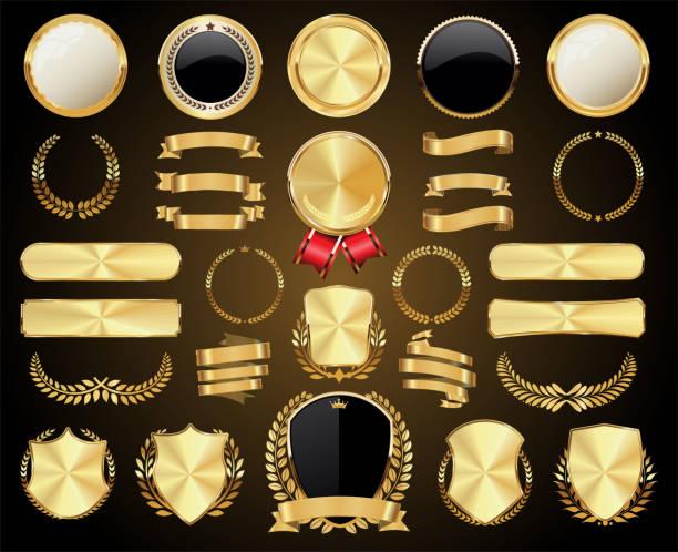 kolekcja złotych odznak etykiety laury tarcza i metalowe płyty - przypinka stock illustrations