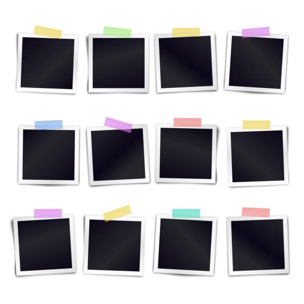 коллекция из двенадцати пустых фоторамок, приклеенной на цветную клейкую ленту на белый фон. шаблон для дизайнеров календаря. иллюстрация � - white background stock illustrations
