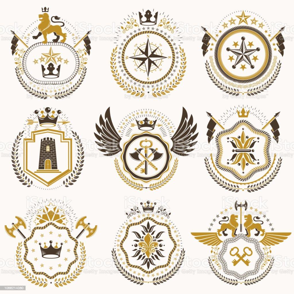 Coleção de heráldica decorativos de vector brasão de armas isolado no branco e criado usando elementos de projeto vintage, coroas de monarca, estrelas pentagonais, Arsenal, animais selvagens. - ilustração de arte em vetor