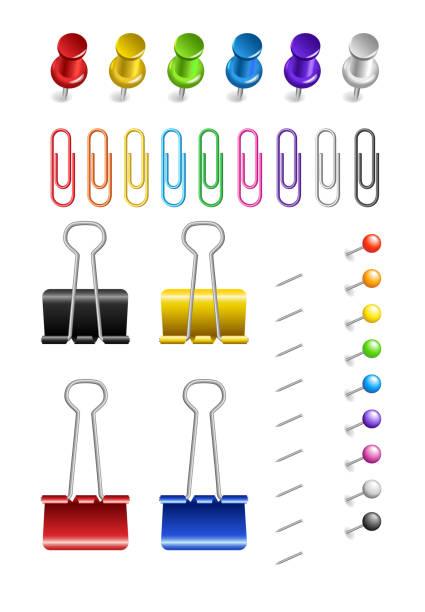 색깔된 종이 클립 및 핀 흰색 바탕에 - 종이 클립 stock illustrations