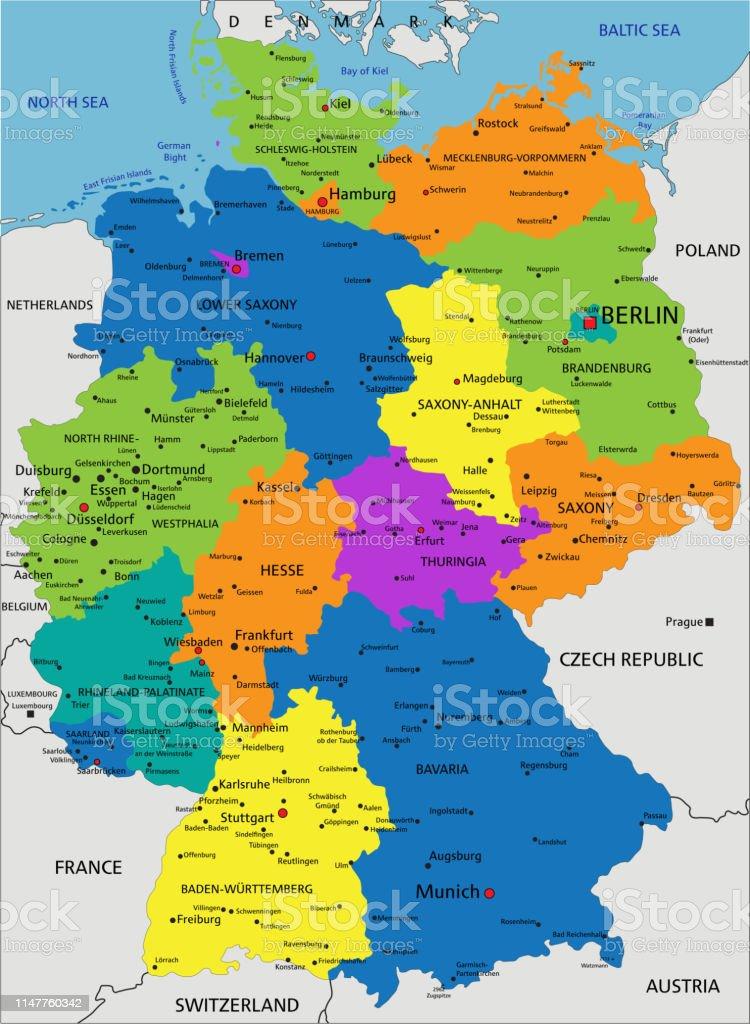 Mapa De Alemania Politico.Ilustracion De Mapa Politico Colorido De Alemania Y Mas