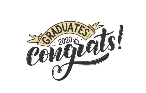 ilustraciones, imágenes clip art, dibujos animados e iconos de stock de felicidades graduados 2020. - graduación