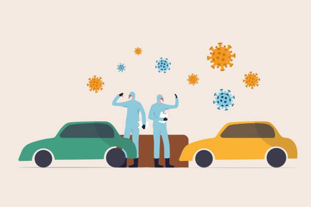 coronavirus covid-19 test sitesi kavramı ile sürücü, doktor ve sağlık çalışanları tam koruyucu dişli araba ve virüs patojenleri ile sürüş ile bir covid-19 sürücü-thru test sitesinde örnek toplar - covid testing stock illustrations