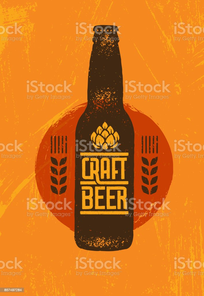 Craft Beer Mug With Foam Creative Lettering Composition On Rough Background - illustrazione arte vettoriale