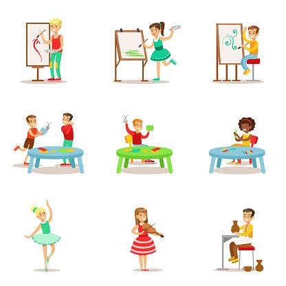 a283f6a575cf55 ... Creatieve Kinderen Het Beoefenen Van Verschillende Kunsten En Ambachten  In De Kunst Klas En Door Zelf