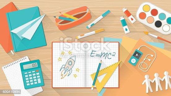 istock Creative kid desktop 520410934