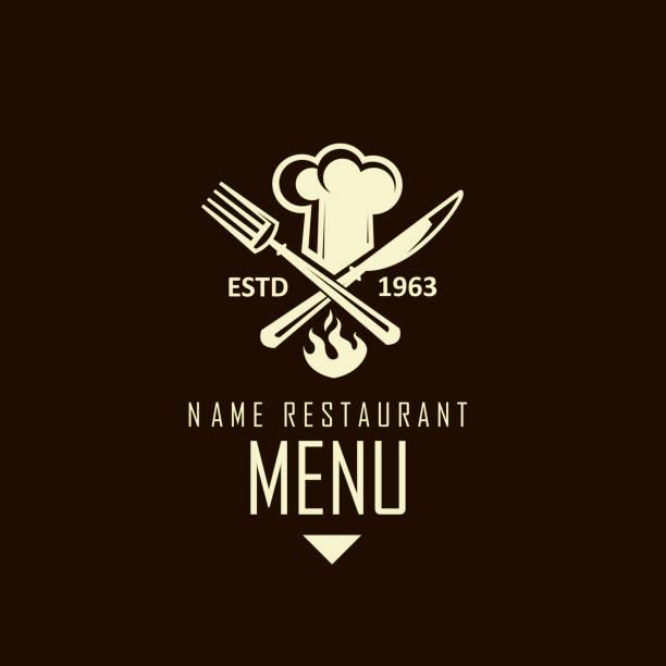stockillustraties, clipart, cartoons en iconen met gekruiste mes, vork en chef-kok hoed - voedsel en drank serveren