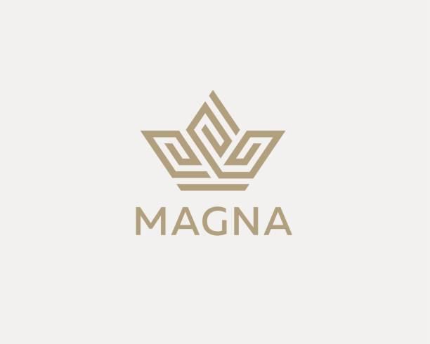 krone blume logo symbol vektor-design. premium-haus-hotel-spa-schriftzug. royal king lineare emblem. - villas stock-grafiken, -clipart, -cartoons und -symbole