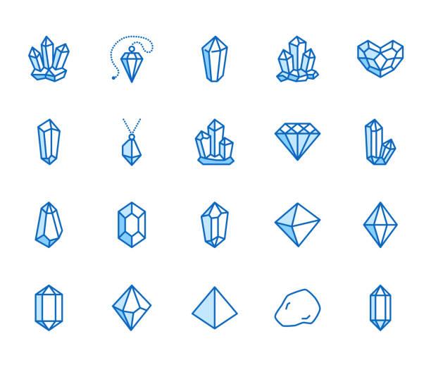 bildbanksillustrationer, clip art samt tecknat material och ikoner med kristaller platt linje ikoner set. mineraliska rock, diamantform, salt, abstrakt ädelsten, magic crystal vektor illustrationer. tunn tecken för geologi eller smycken butik. pixel perfekt 64 x 64. redigerbara stroke - kristall