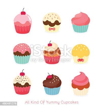 istock Cute birthday cupcakes 490481276