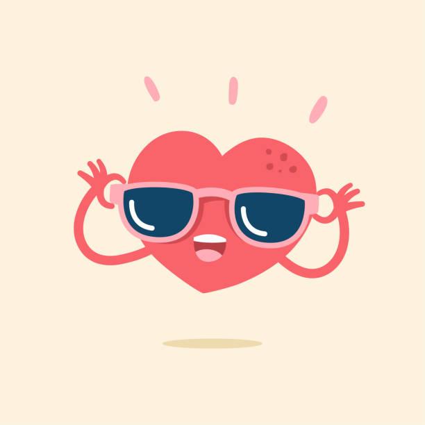 ilustrações, clipart, desenhos animados e ícones de personagem de desenho bonito de coração sorrindo alegremente com óculos de sol, vector a ilustração. - óculos escuros acessório ocular