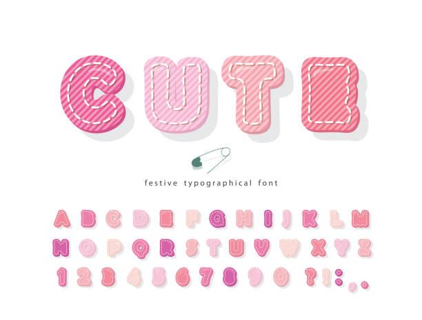 süße cartoon rosa schriftart. baumwolle textur alphabet für mädchen. dekorative 3d abc buchstaben und zahlen. vektor - pastellhosen stock-grafiken, -clipart, -cartoons und -symbole