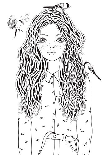 schattig meisje in een shirt de vogels vliegen kleurplaat