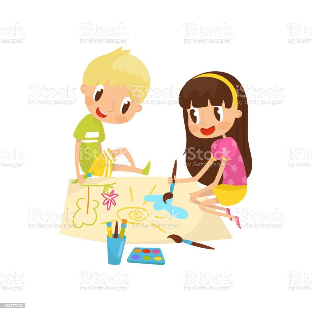 Mignonne Petite Fille Et Garçon Assis Sur Le Sol Et Les Peintures De